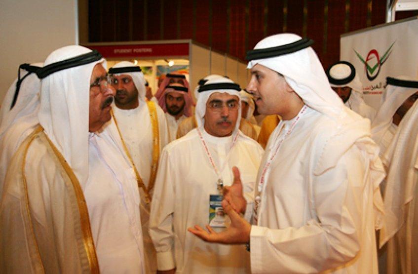 Sheikh Hamdan Bin Rashid Visits AAU Pavilion at DUPHAT - Al