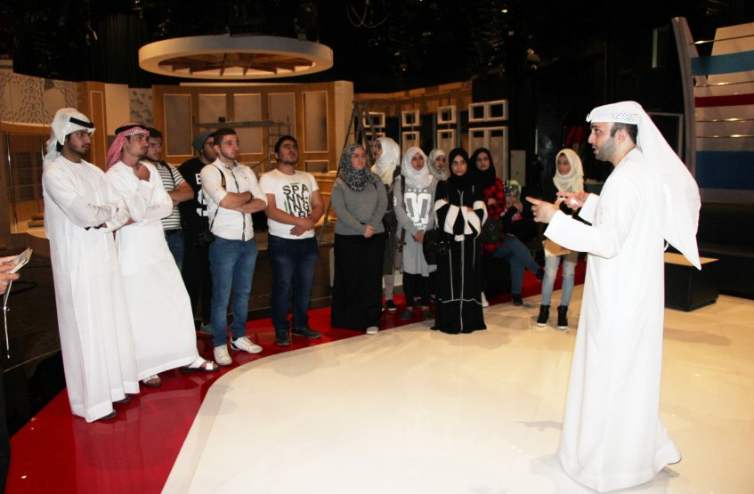 Students visit to Dubai TV On the occasion of World Television Day - Al Ain Campus