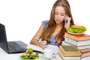 4 Tips for Healthy Eating During Exams