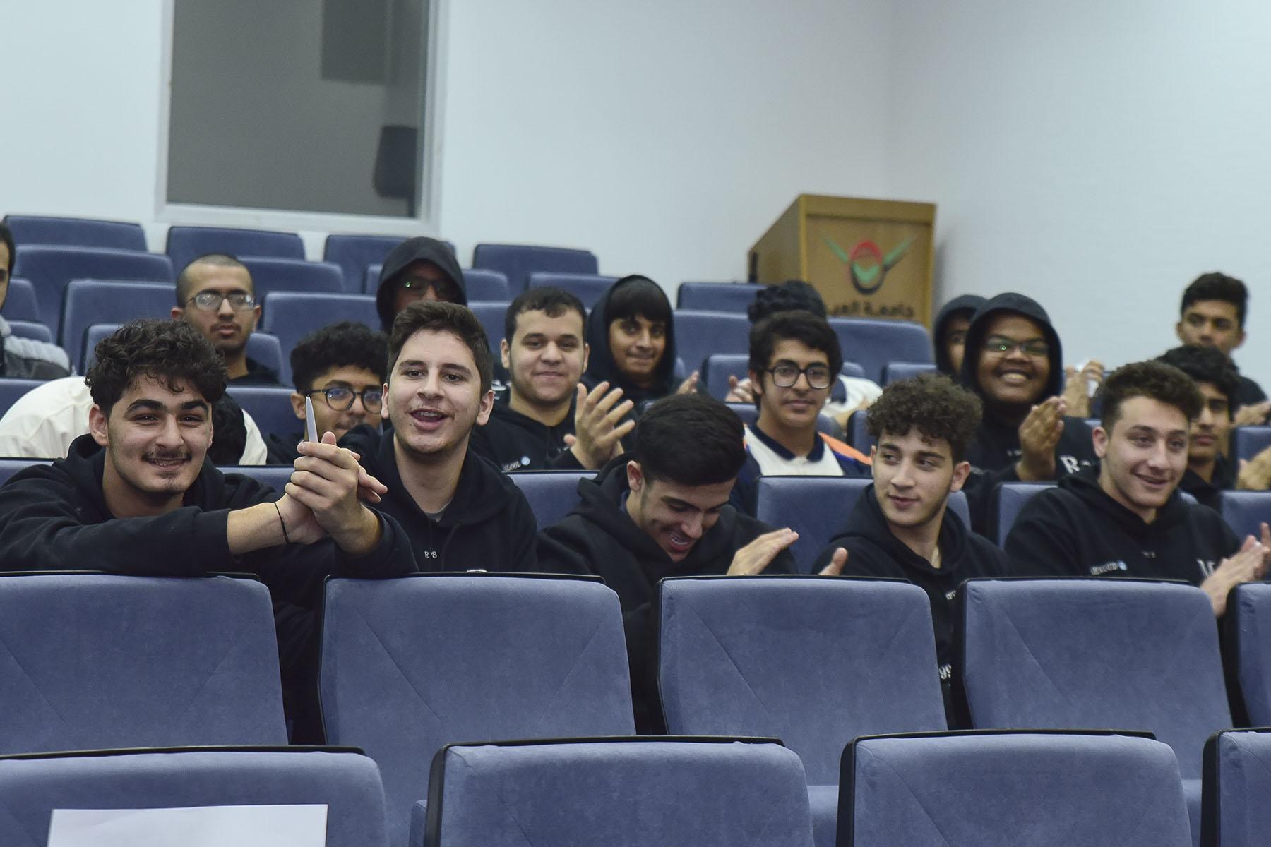 اليوم الأول (مدرسة صقر الامارات الدولية الخاصة ضد مدرسة المدار الدولية)